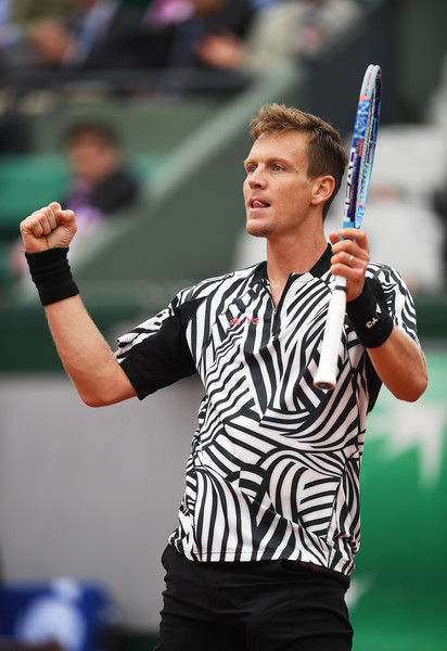 Berdych celebrates his victory over Ferrer on Court Suzanne Lenglen (Photo: Dennis Grombkowski Source: Getty Images)