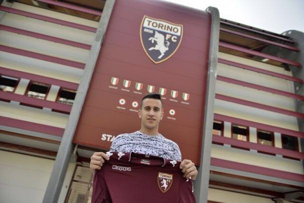 La venta de Berenguer al Torino dejó en Osasuna 5.5 millones de euros. Foto: Diario de Navarra