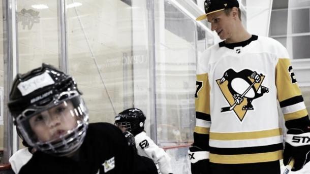 Nick Bjugstad NHL.com