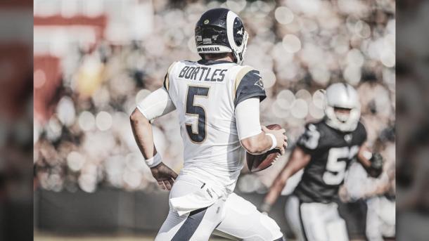 Blake Bortles, en su debut con los Rams, realizo una opaca actuación (foto Rams.com)