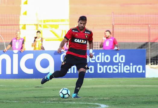 Henríquez quer apagar resultado contra o Grêmio (Foto: Williams Aguiar / Sport Club do Recife)