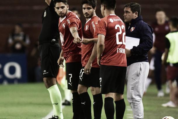 Los tres cambios para cambiar el juego. Imagen: @Independiente
