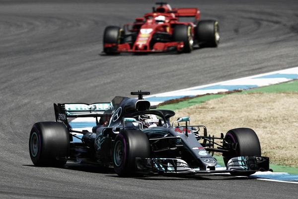 Lewis Hamilton y Sebastian Vettel durante el GP de Alemania   Getty Images