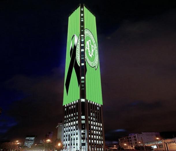 Torre Colpatria, na Colômbia, também homenageia time brasileiro