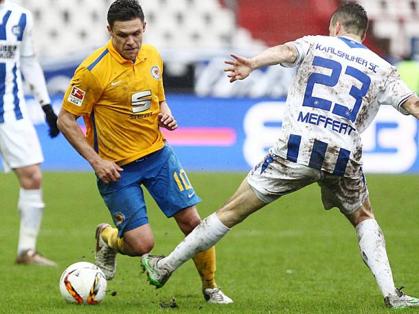 Braunschweig and Karlsruhe battled hard in thrilling draw. Image via Kicker.de