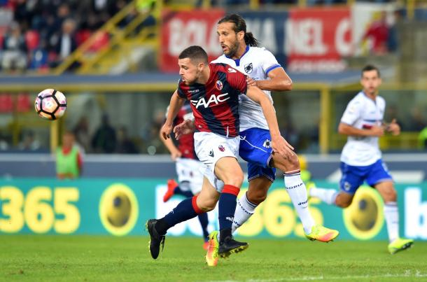 La sfida tra Silvestre e Destro - Foto Sampdoria Twitter