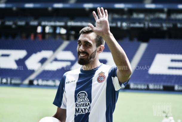 Borja Iglesias en su presentación con el Espanyol/ Foto: Vavel