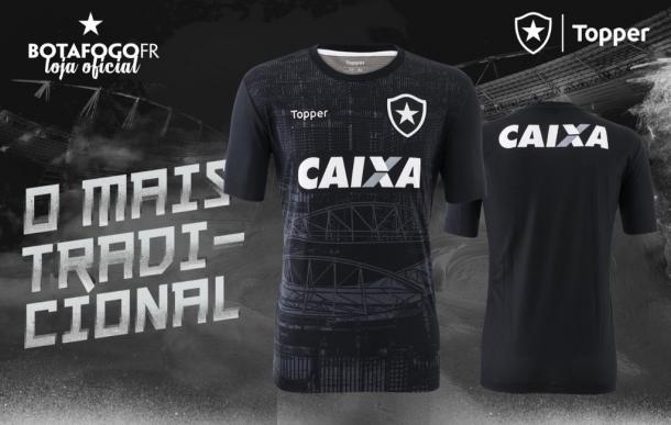 Botafogo apresenta uniformes para temporada 2018 - VAVEL.com f23ead23f7a68