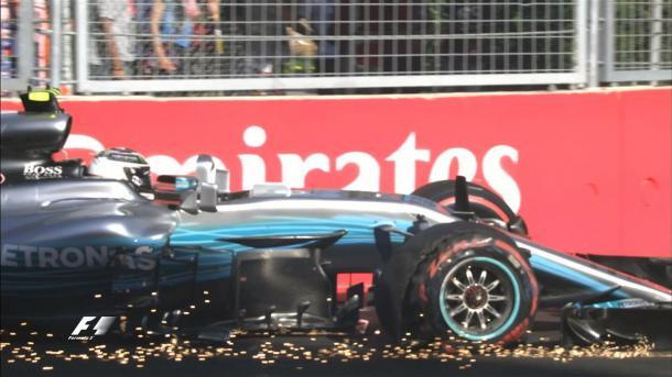 La vettura danneggiata di Bottas | twitter