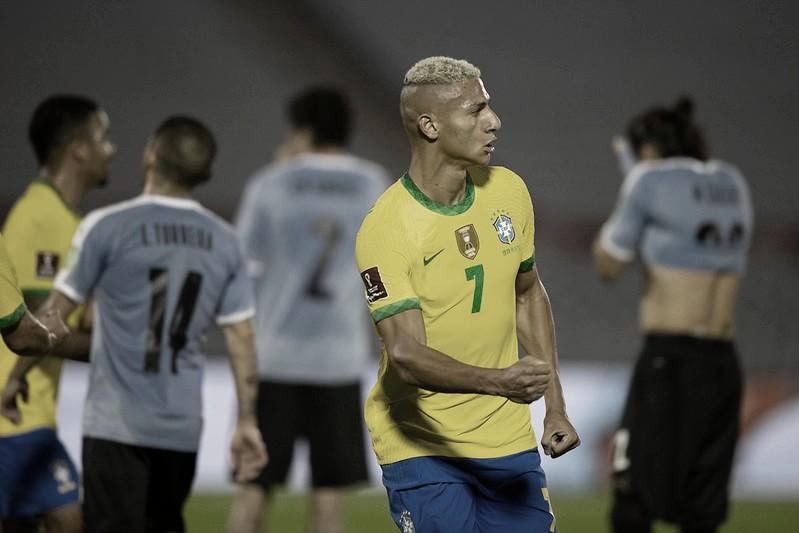 Arthur abriu o placar contra o Uruguai (Foto: Lucas Figueiredo/CBF)