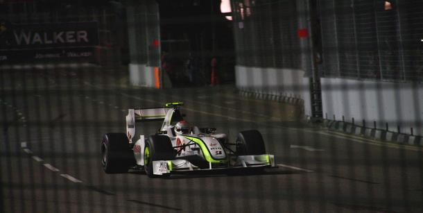Rubens Barrichello durante el Gran Premio de Singapur 2009 | Fuente: Wikipedia