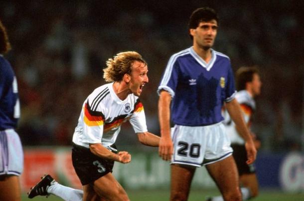 Brëhme celebra su tanto en la final contra Argentina. (Foto: FIFA.com).