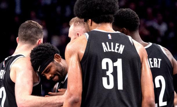 Corro de los Nets. Fuente: NBA