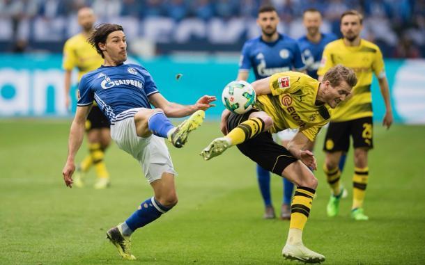 El partido fue disputado y muy cortado por la intensidad | Foto: @BVB
