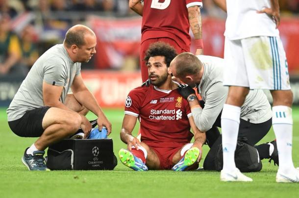 Salah abandonó pronto el partido. Fuente: Liverpool FC.