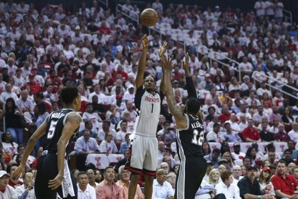 San Antonio batte Houston all'overtime: ora è 3-2 Spurs