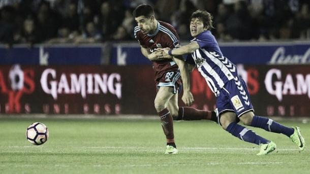 Yuri, ante Romero. Foto: Real Sociedad