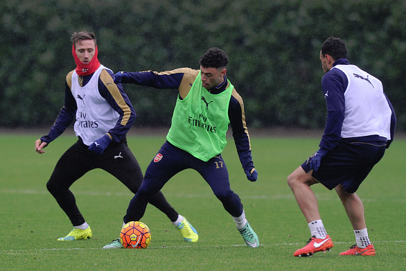 Monreal (pictured, far left) in training alongside Oxlade-Chamberlain and Coquelin | Picture: Getty