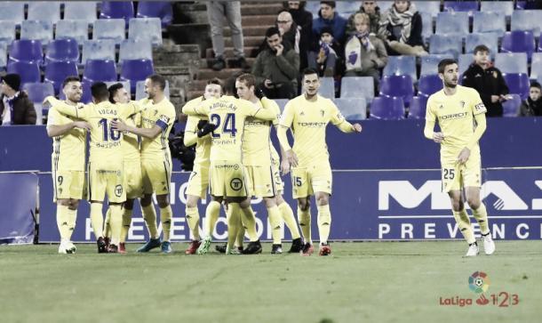 Los jugadores cadistas celebran uno de los goles | Fuente: LaLiga
