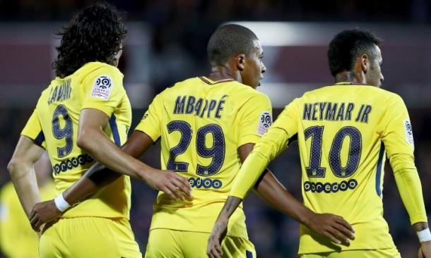 Cavani, Mbappè e Neymar esultano | Calciomercato.com