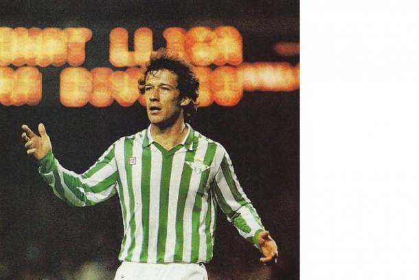 Gabriel Humberto Calderón con la camiseta del Betis/ Foto: Fútbol Español Recopilación