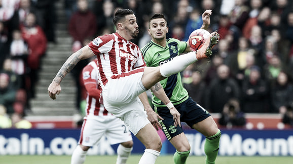 Cameron competes for the ball in Stoke's loss to Southampton. Photo: Getty Images