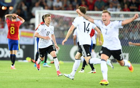 Festa alemã foi grande após o apito final | Foto: Janek Skarzynski/Getty Images
