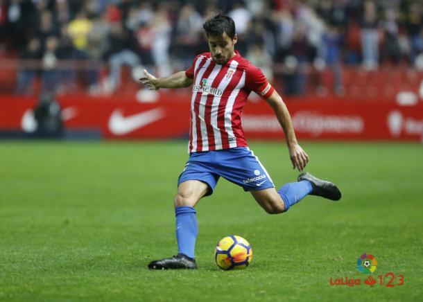 Canella sustituyó a Sergio Álvarez en el once inicial // Imagen: LaLiga 123
