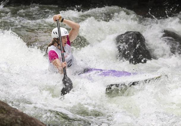 Piragüismo en aguas bravas. Foto: zimbio