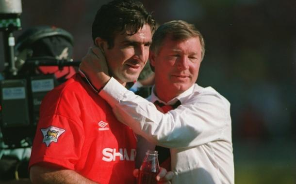 Sir Alex Ferguson y Cantona abrazados. Fuente: Telegraph