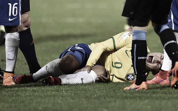 Atacante, de 20 anos, passou por algumas cirurgias após lesão (Foto: Marty Melville/ Getty Images)