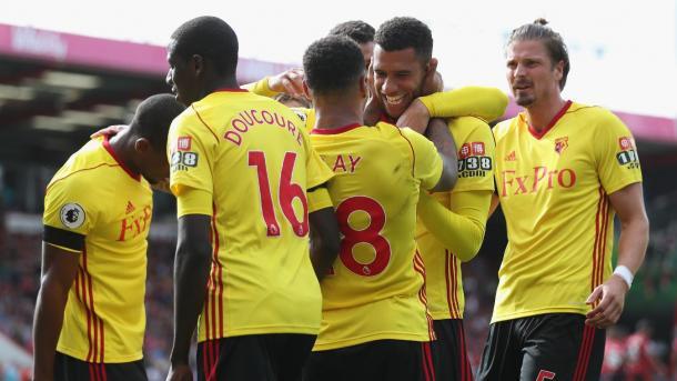 Capue marca el segundo gol para los visitantes. Foto: premierleague