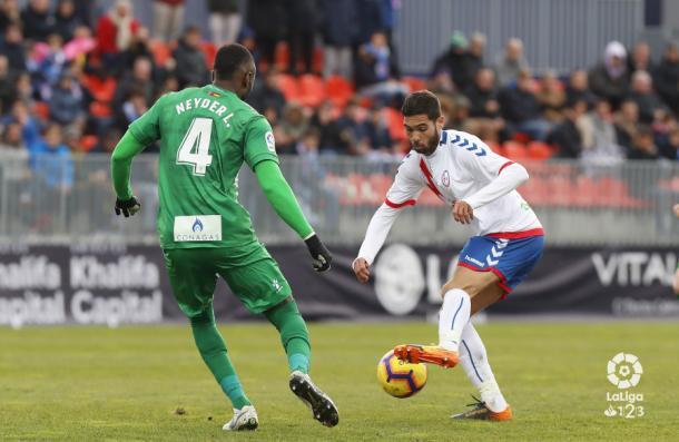 Benito controlando el balón. Fotografía: La Liga
