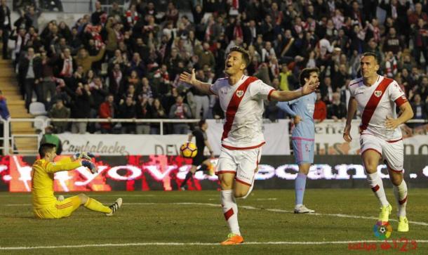 Ernesto Galán celebrando un gol suyo. Fotografía: La Liga