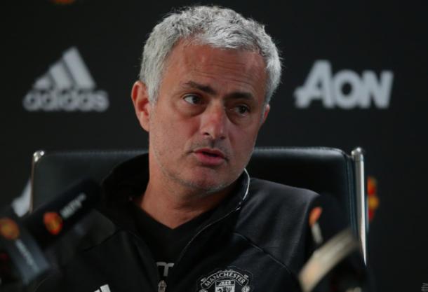Mourinho en una entrevista. Foto: Manchester United