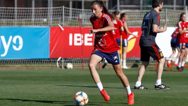 Sheila durante un entrenamiento con la Selección Española | Fotografía: RFEF