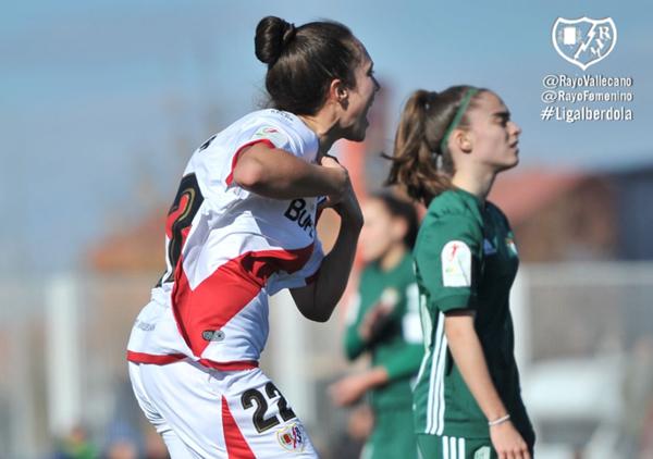 Paula Andújar celebrando un gol | Fotografía: Rayo Vallecano S.A.D.