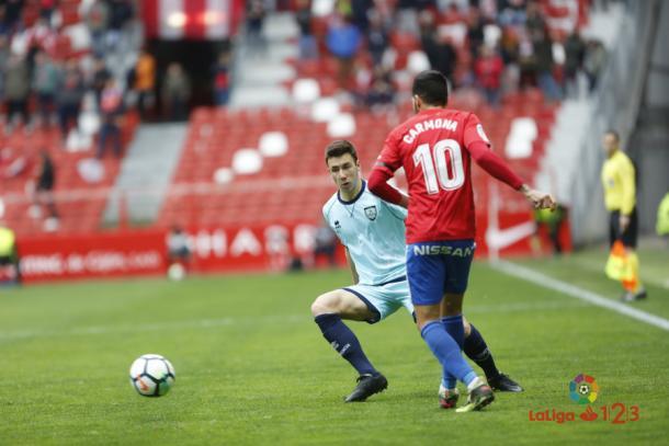 Carmona estrelló el cuero contra la madera en la primera mitad // Imagen: LaLiga