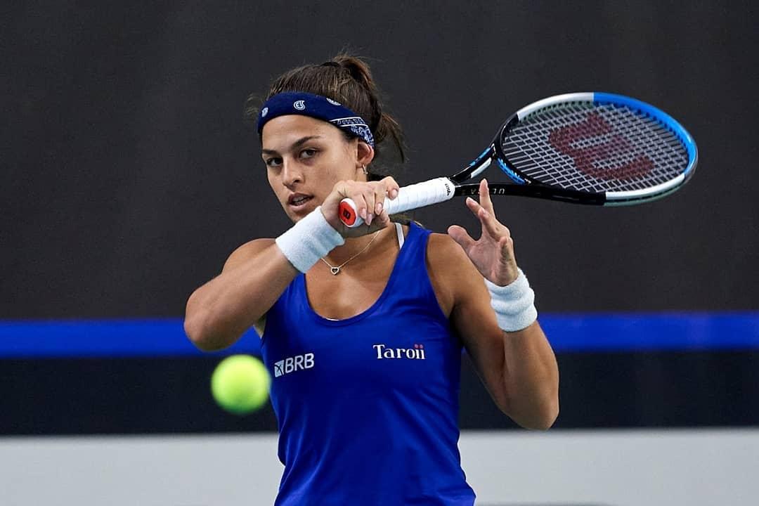 Carol Alves conseguiu sua maior vitória no ano (Foto: Divulgação/CBT Tênis)