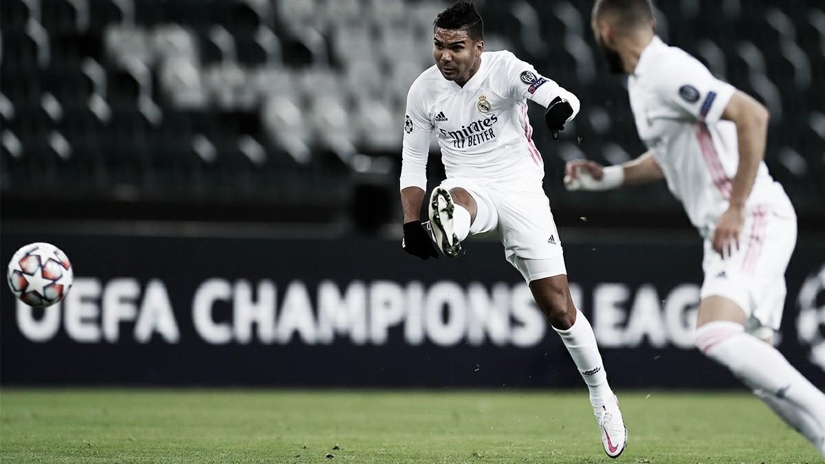 Casemiro dispara en el partido ante el Gladbach. Fuente: Real Madrid
