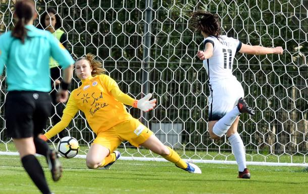 Casey Murphy has been one of the best goalkeepers in France during her time there | Source: mhsfoot.com