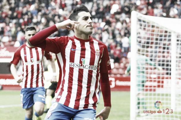 Carlos Castro celebrando su gol. | Imagen: La Liga 1|2|3.