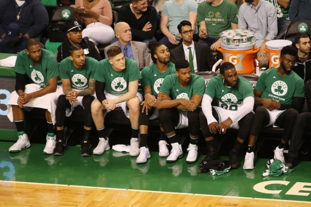 Boston Celtics bench looks on from the sidelines. Photo:Getty Images / Adam Glanzman