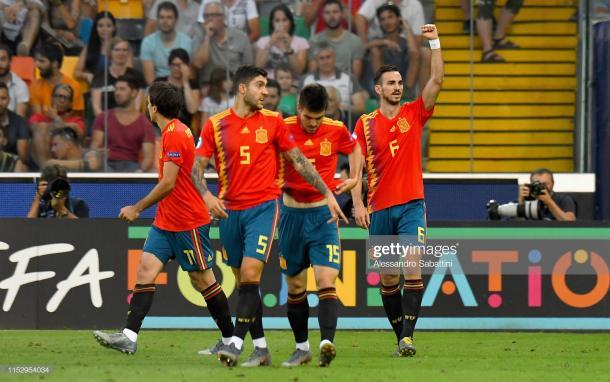 Los jugadores españoles celebran el primer tanto/ Foto: Getty Images