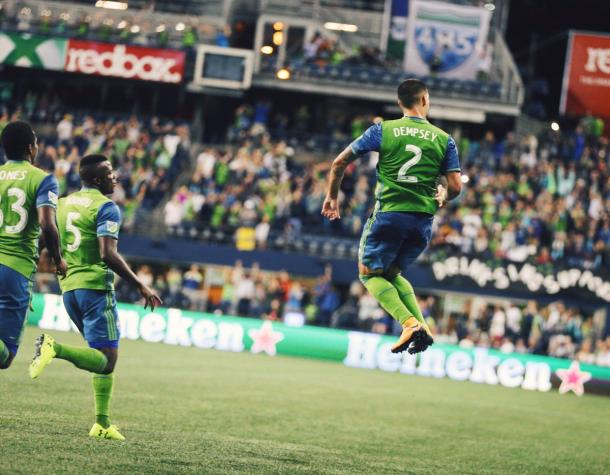 Dempsey celebra el gol de la victoria // Imagen: Seattle Sounders