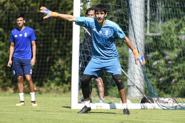 Nereo durante un entrenamiento en El Requexon. Imagen: Real Oviedo