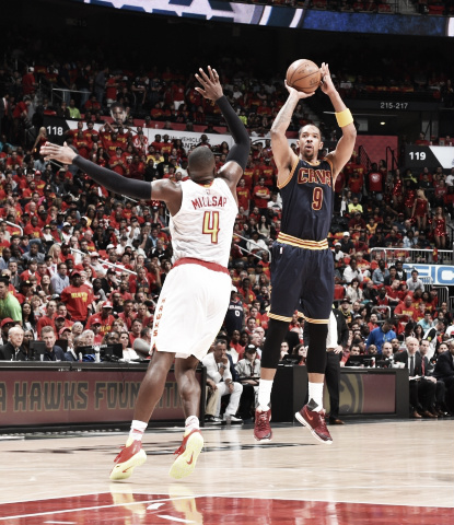 Channing Frye led the Cavaliers with 27 points off the bench. (Jesse D. Garrabrant/NBAE/Getty Images)
