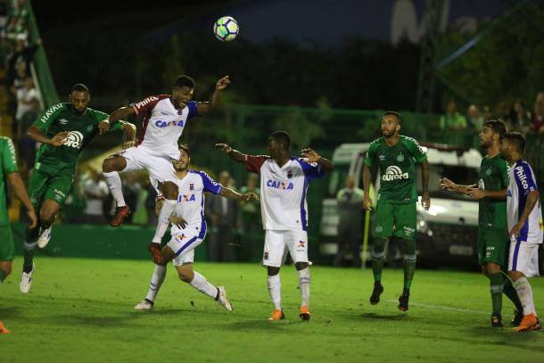 Chapecoense x Flamengo; prováveis times, desfalques, onde ver e palpites