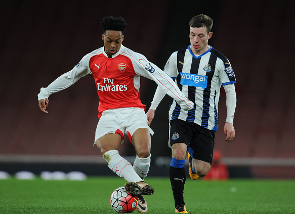 Willock was a constant thorn in Newcastle's backline when introduced in the second-half. | Photo: Getty Images