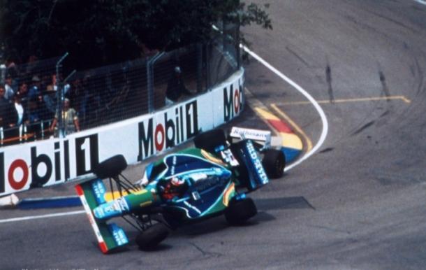 Choque entre Schumacher y Hill. Foto: F1